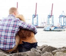 Strandperle Verlobungsshoot Hochzeitsfotografin
